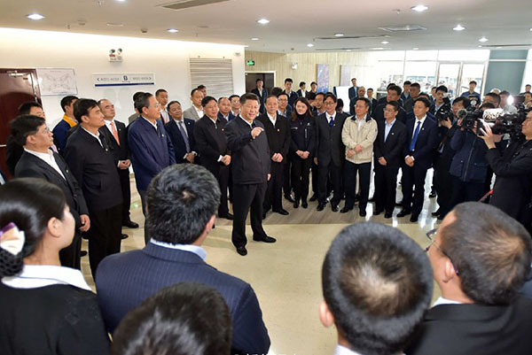 Chinese President Xi Jinping visits the technological achievements exhibition of Hefei High-tech enterprises, Lontium attended the exhibition